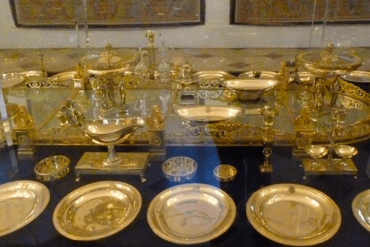 Zwölf goldene Teller (Dornröschen)