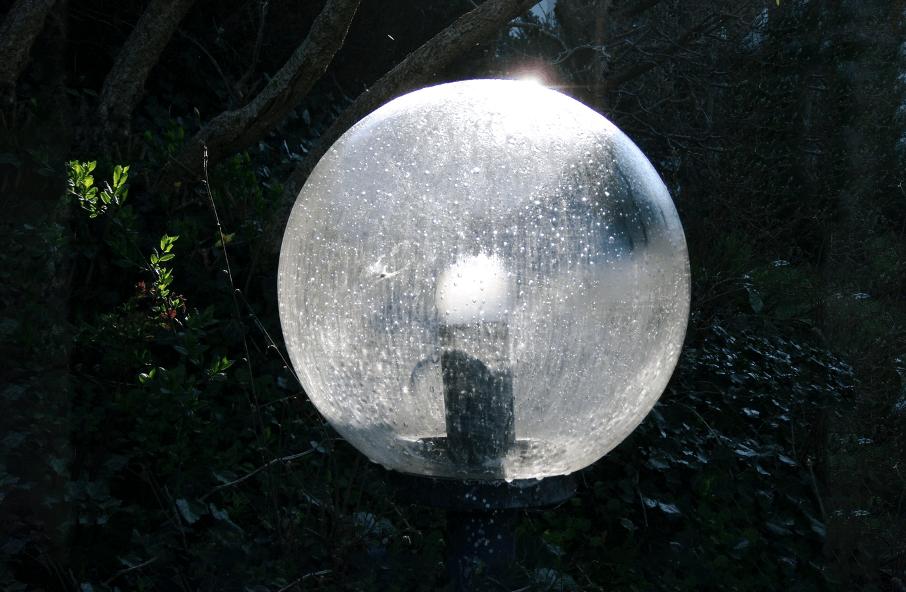 Lampe im Garten