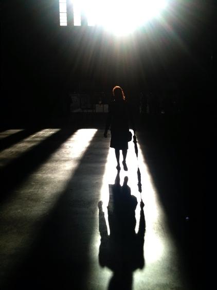 vom Dunkel ins Licht